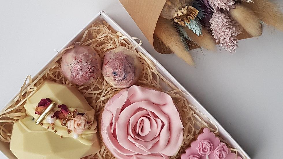 Treat box & Flowers