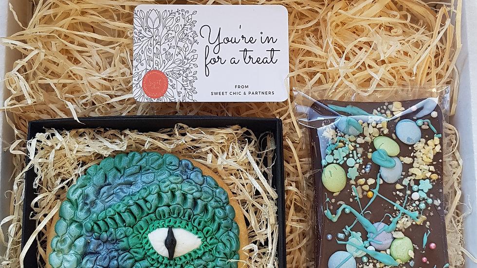 Dinosaur cookie and chocolate slab gift set