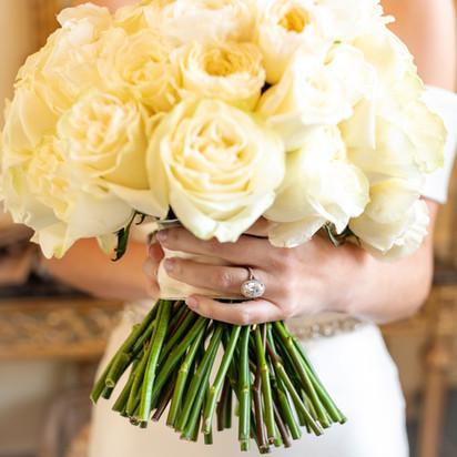 bride boquet at the duke mansion 1 carolina rose photography llc 2021