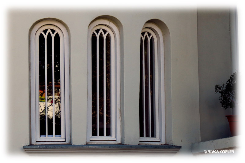 חלונות עגולים