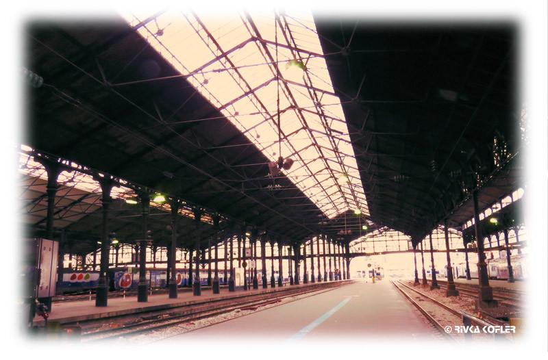 תחנת הרכבת סנט לזר, פריז
