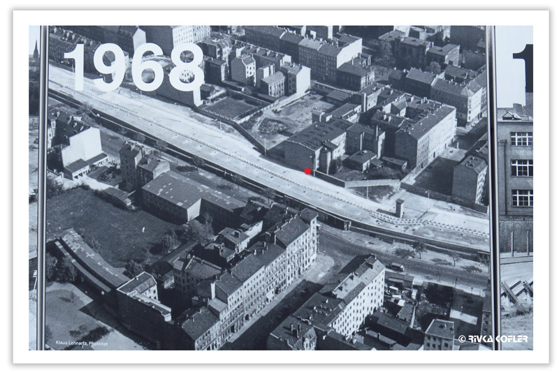 צילום חומת ברלין ברחוב אוברבאום