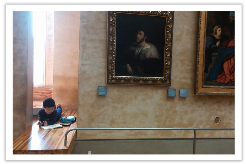 תלמידים במוזיאון