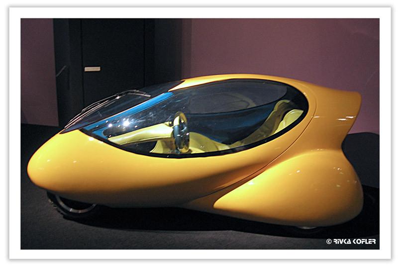 מכונית העתיד במוזיאון העיצוב