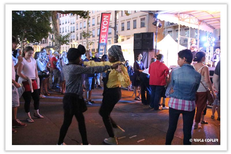 במות ריקודים