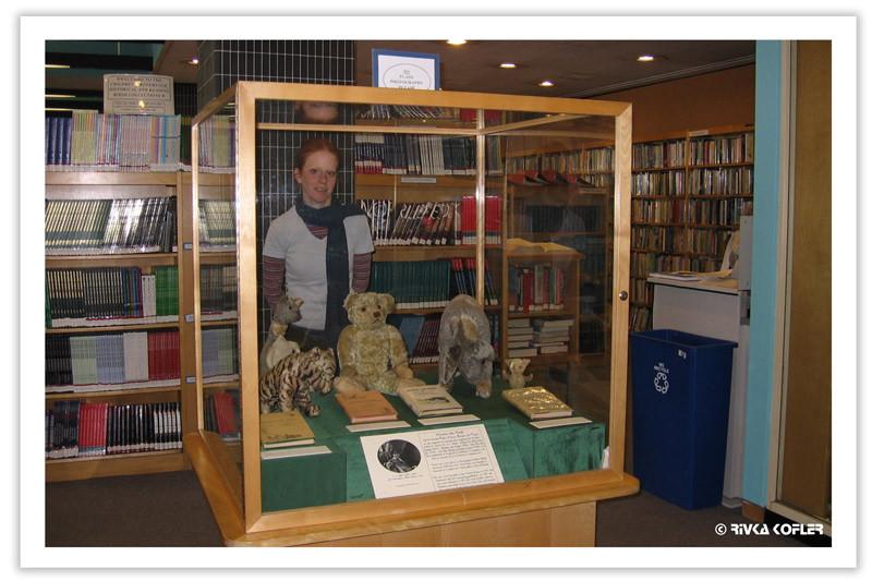 פו הדב וחבריו בתצוגה בספריה לאומית, ניו יורק