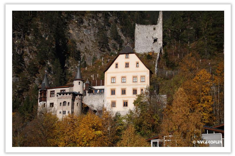 שלכת סביב הטירה