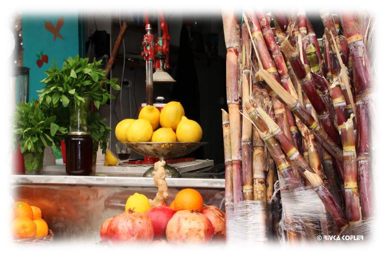 דוכן פירות בשוק