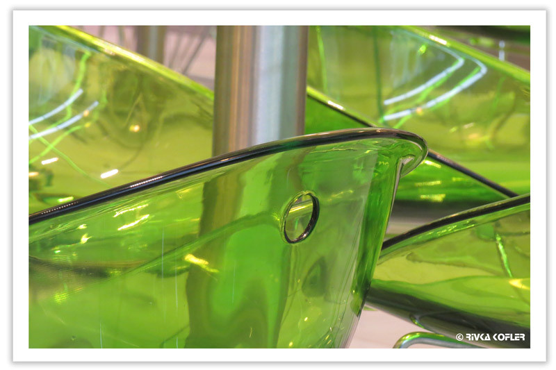 כסאות ירוקים