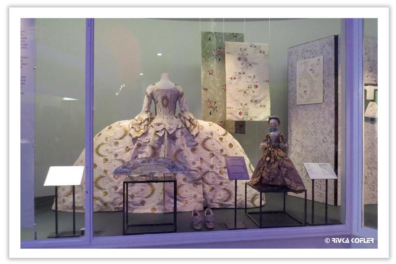 מתוך תערוכת אופנה בויקטוריה ואלברט