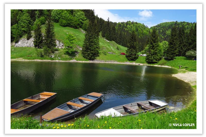 אגם, סירות
