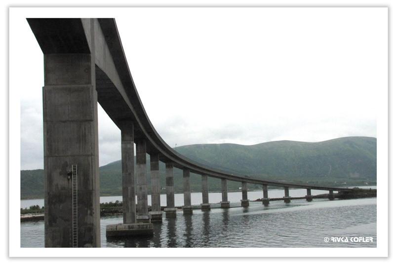 גשר בין איי ווסטרלן, צפון נורבגיה