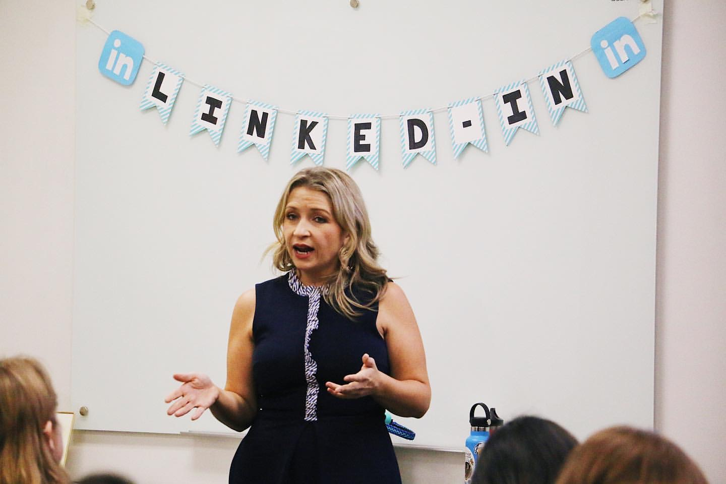LinkedIn Workshop with Cassandra Thompson
