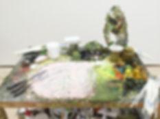 """1960年1月15日 東京生まれ  1986年 愛知県立芸術大学美術学部油画科卒業  1986年より作品を発表。当初から一貫して具体的なものを題材に作品を制作。1996年文化庁芸術家在外研修員としてバンコクに滞在。2002年『小林孝亘作品集-ひかりのあるところへ』(日本経済新聞社)刊行。2014年『小林孝亘-私たちを夢見る夢』(青幻舎)刊行。2016年『ふつうの暮らし、あたりまえの絵-小林孝亘の制作ノート』(求龍堂)刊行。  主な展覧会に2000年「近作展 23」国立国際美術館(大阪)、2004年「終わらない夏」目黒区美術館、2006年「ものとこころ」西村画廊(東京)、2014年「私たちを夢見る夢」横須賀美術館などの個展のほか、2003年「MOTアニュアル2003 おだやかな日々」東京都現代美術館、2006年「愉しき家」愛知県美術館、2009年「眼を閉じて-""""見ること""""の現在」茨城県立近代美術館、2010年「絵画の庭-ゼロ年代日本の地平から」国立国際美術館、2015年「画家の詩、詩人の絵」平塚市美術館他巡回、2016年「エッケ ホモ 現代の人間像を見よ」国立国際美術館(大阪)などに参加。  作品は国際交流基金、シラパコーン大学、バンコク大学、広島市現代美術館、国立国際美術館、栃木県立美術館、群馬県立館林美術館、ダイムラー・クライスラー・ファウンデーション・イン・ジャパン、北海道立釧路芸術館、水戸芸術館、東京都現代美術館、大原美術館、高松市美術館、ヴァンジ彫刻庭園美術館、東京ステーションギャラリー、愛知県立芸術大学 等に収蔵されている。"""