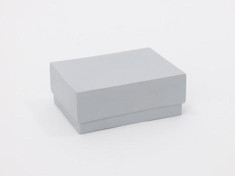 箱 Box (gray)