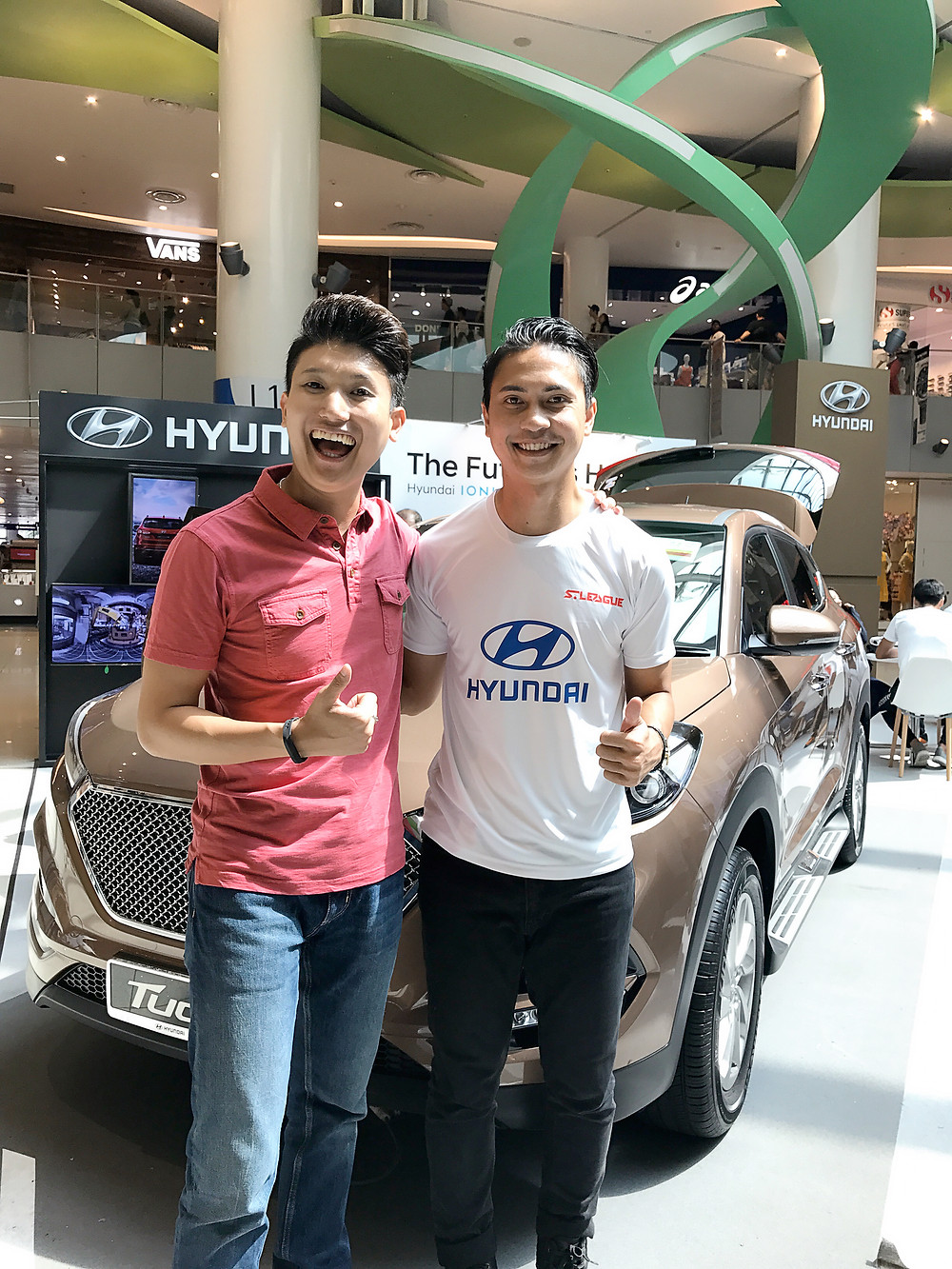 Emcee Singapore - Ainsley Chong, Hyundai Roadshow with Special Appearance from S.League Players