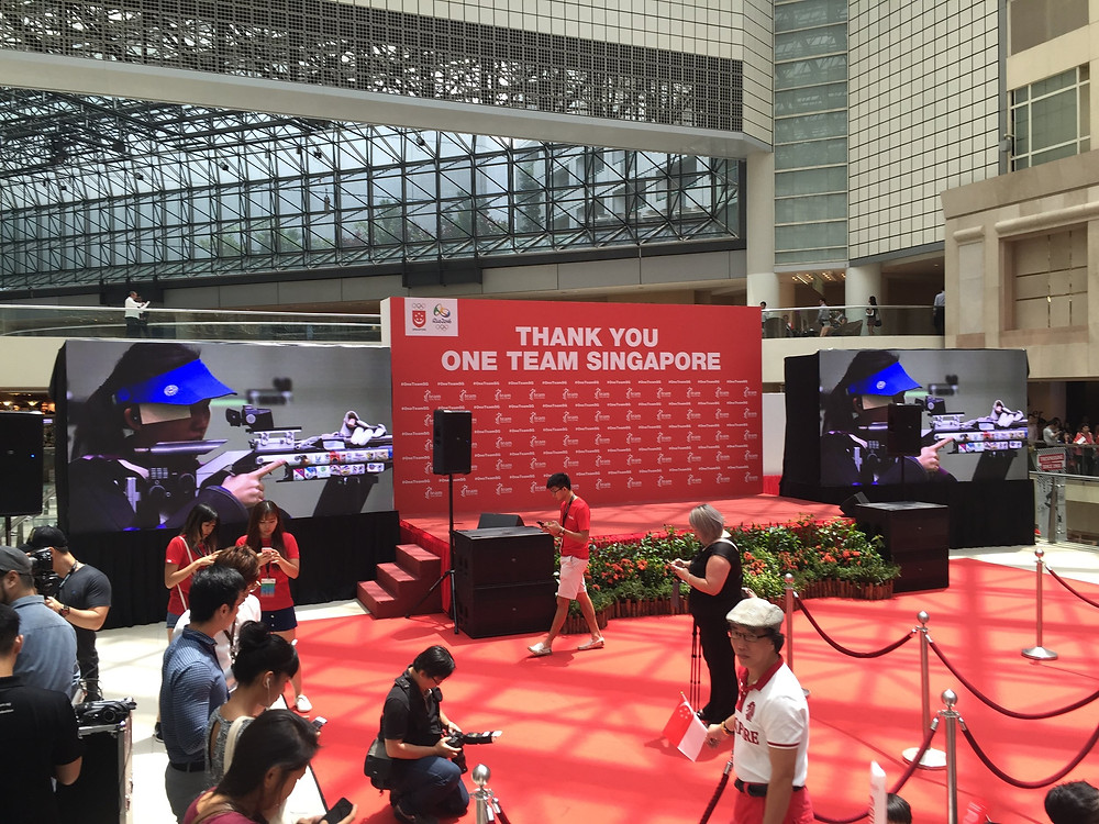 Emcee Singapore - Ainsley Chong, Joseph Schooling's Victory Parade 3
