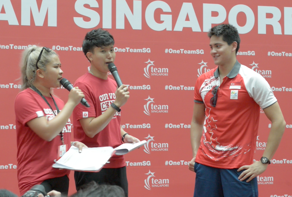 Emcee Singapore - Ainsley Chong, Joseph Schooling's Victory Parade 4
