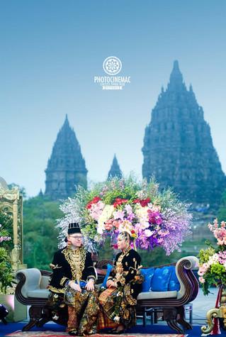 SPECIAL WEDDING JOSEPHINE & TOM Di Pelataran Candi Prambanan Yogyakarta