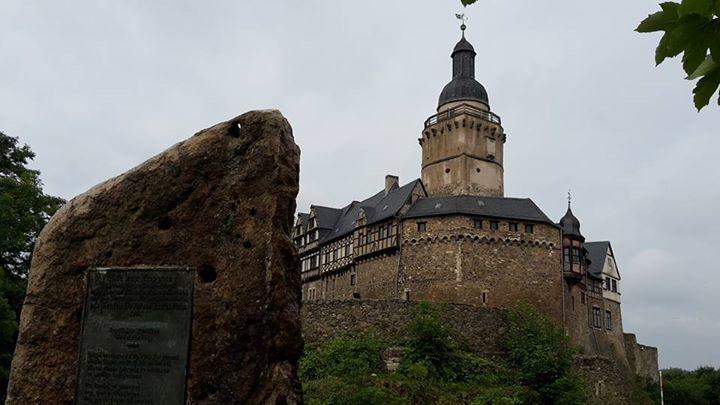 Auf der bekannten  Filmburg Burg Falkenstein
