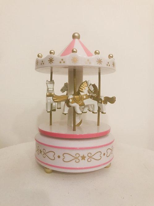 Carrossel musical rosa e branco