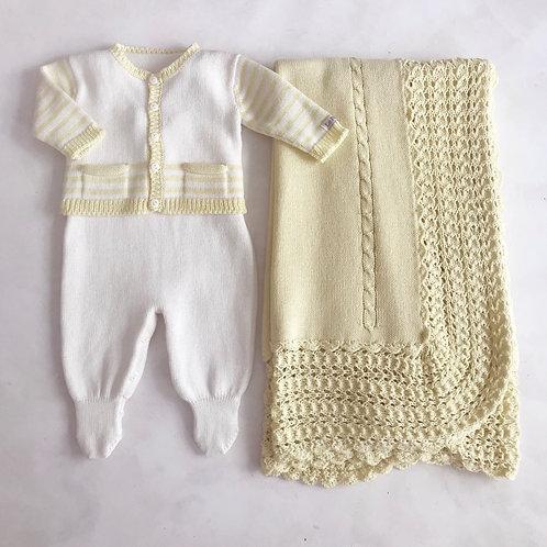 Conjunto amarelo e marfim com manta