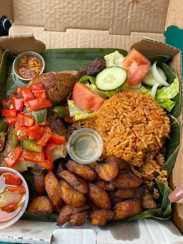 Repas offert par Maquis Yasolo dans la Boite à surprises