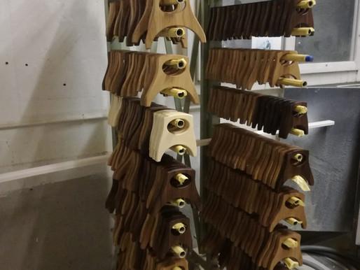 Eine erste Serienproduktion in der Schreinerei in Zimmerwald bei Bern