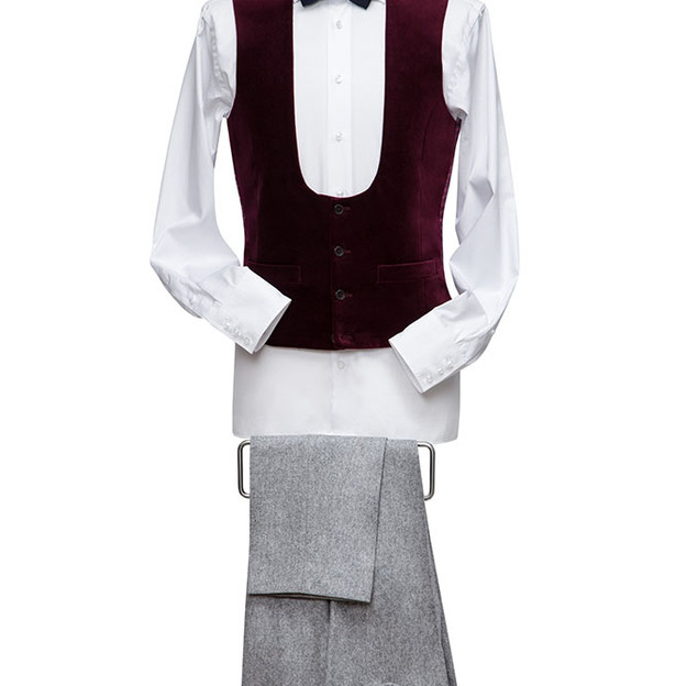Style 8: 4 buttons, 'horseshoe', straight bottom. Worn with Dinner Jacket for Black Tie events.