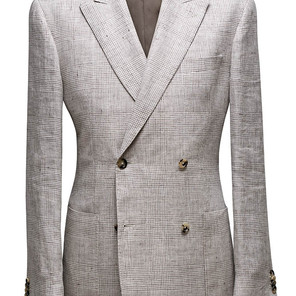 Double Breasted, peak lapel, 2 x 2 buttons, patch pockets