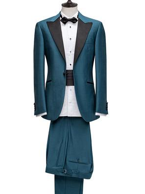 Dinner Suit with peak lapel