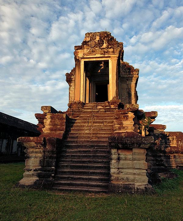03-Angkor Wat The Library..jpg