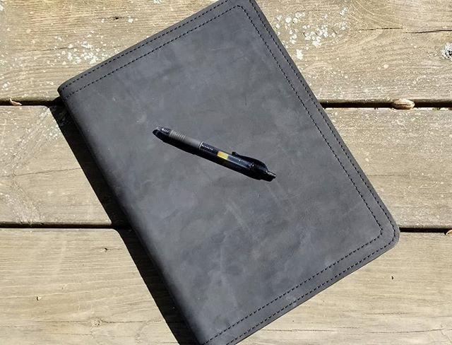 Large Portfolio in Black