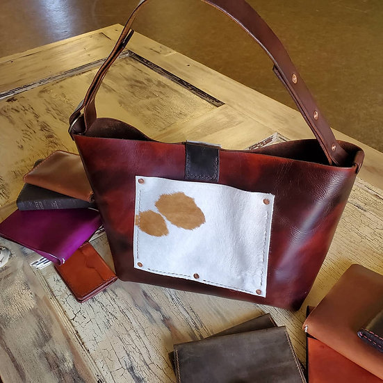 Veg Tan Purse in Dark Brown with Calf Fur