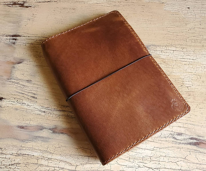 The Student in English Tan Harvest Leather A5 size