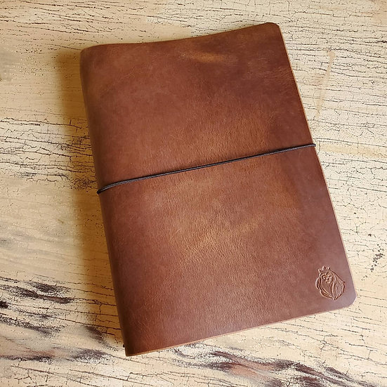 Edwards Journal in English Tan Pull-Up leather