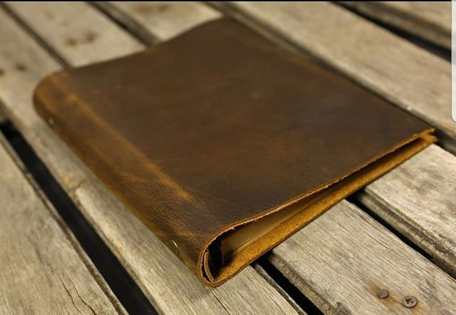 Preacher Dark Brown Pull-Up Leather in A5 size