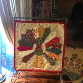 Traditional Turkey Table Stand Mini Quilt Pattern