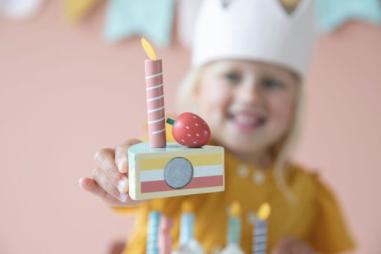 Litte Dutch - Kinder Holz Geburtstagstorte 26-teilig Ø 18cm