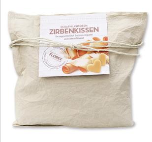 Zirbenkissen gross beige gefüllt mit Zirbenspäne & Schafmilchseife