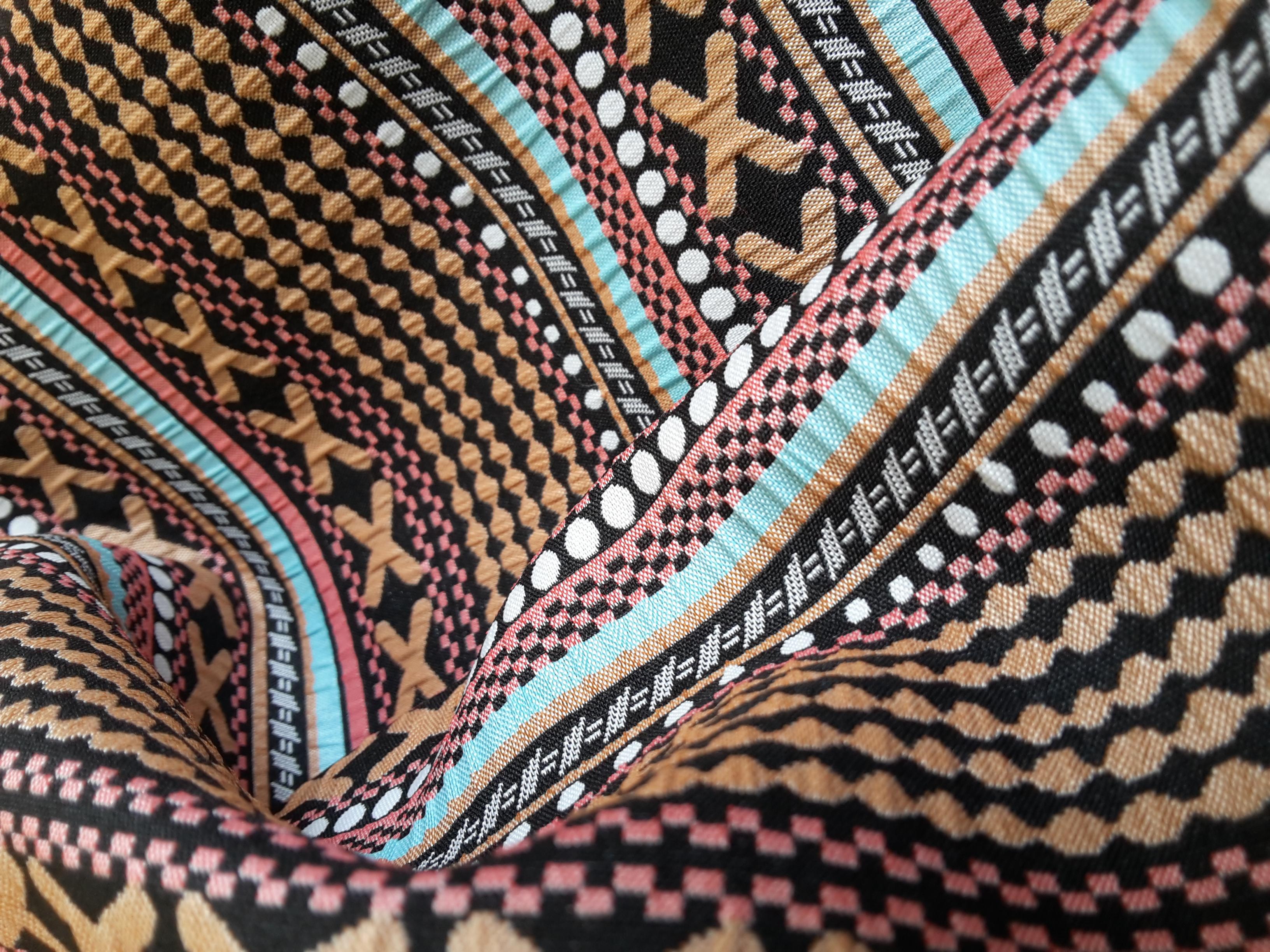 yarn-dyed jacquard with ethnics
