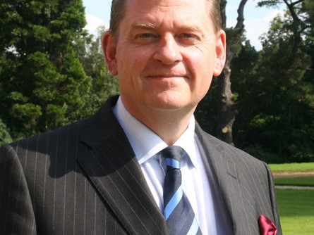 ESK Principal Hector MacDonald Chairs International Society of Heads Meeting