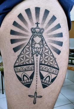 nossa_senhora_coxa_tattoo_mrpaul_dermographic_ribeirão_preto