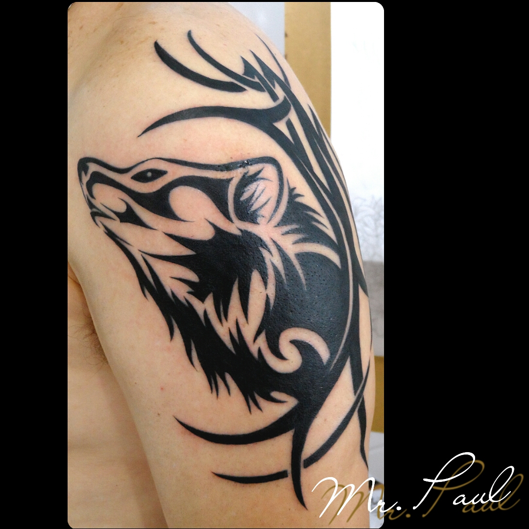 Lobo+tribal+braço_tattoo_mrpaul_dermographic