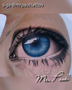 Olho realismo tattoo mrpaul dermographic