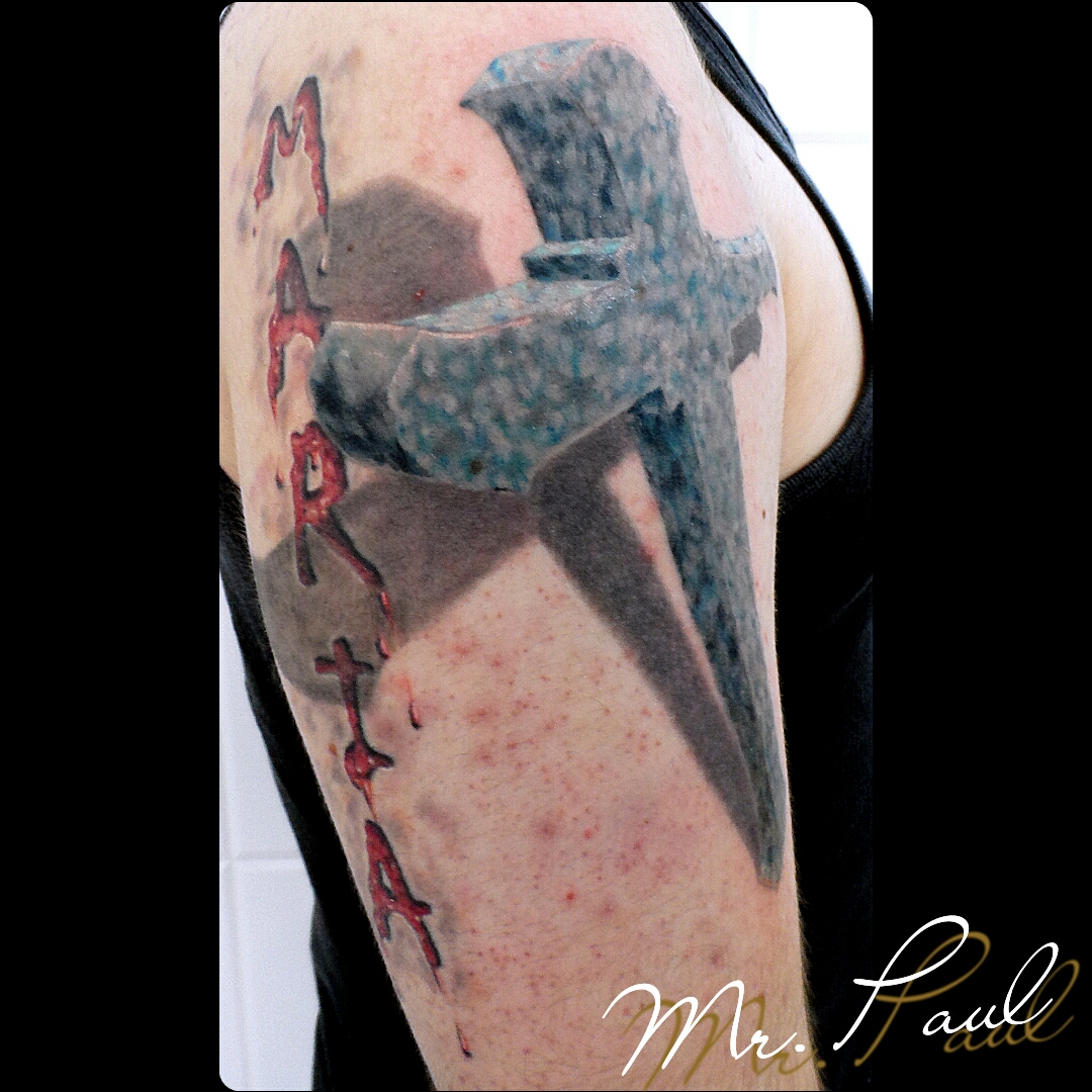 Cruz+3d+braço_tattoo_mrpaul_dermographic