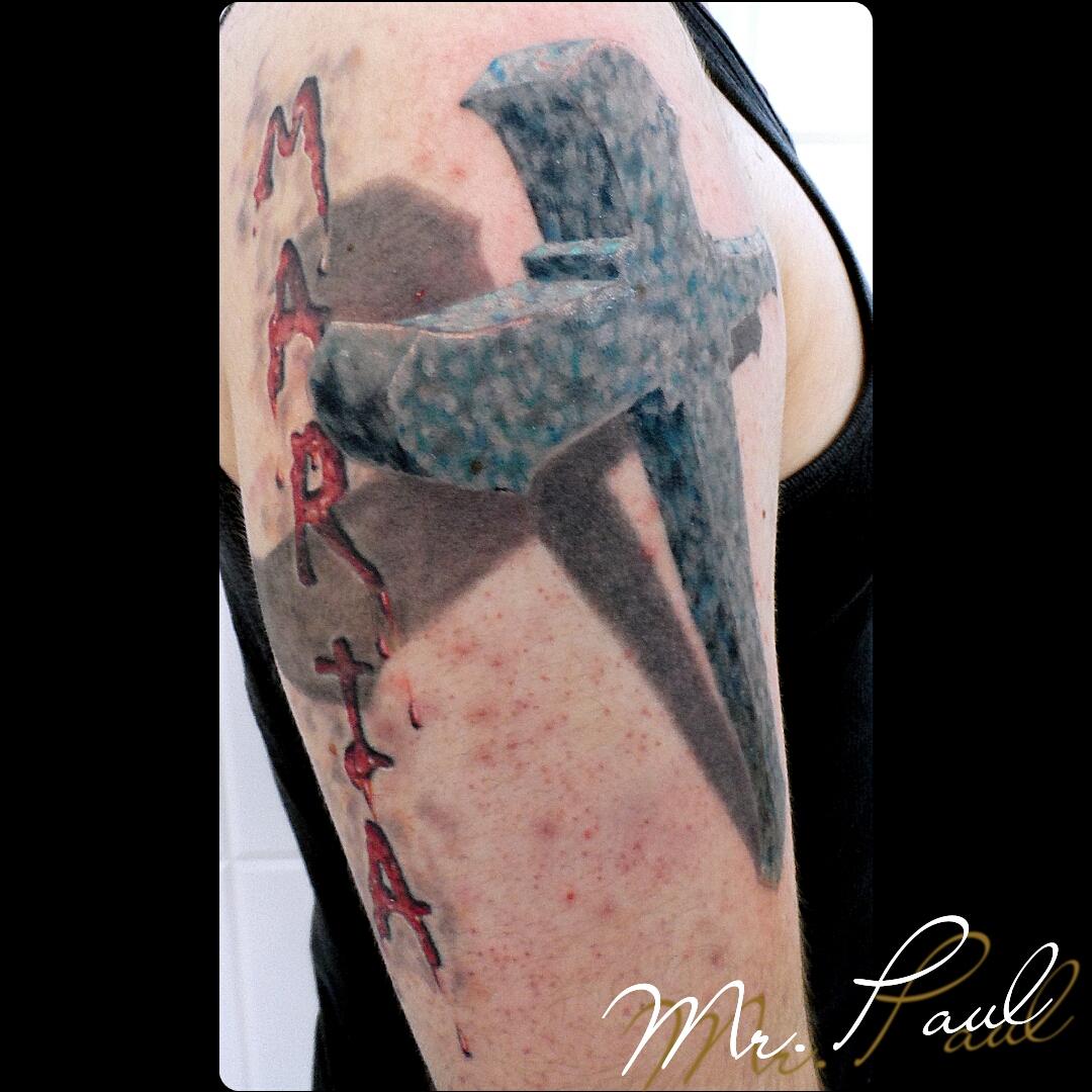 Cruz+3d+braço_tattoo_mrpaul_dermographic