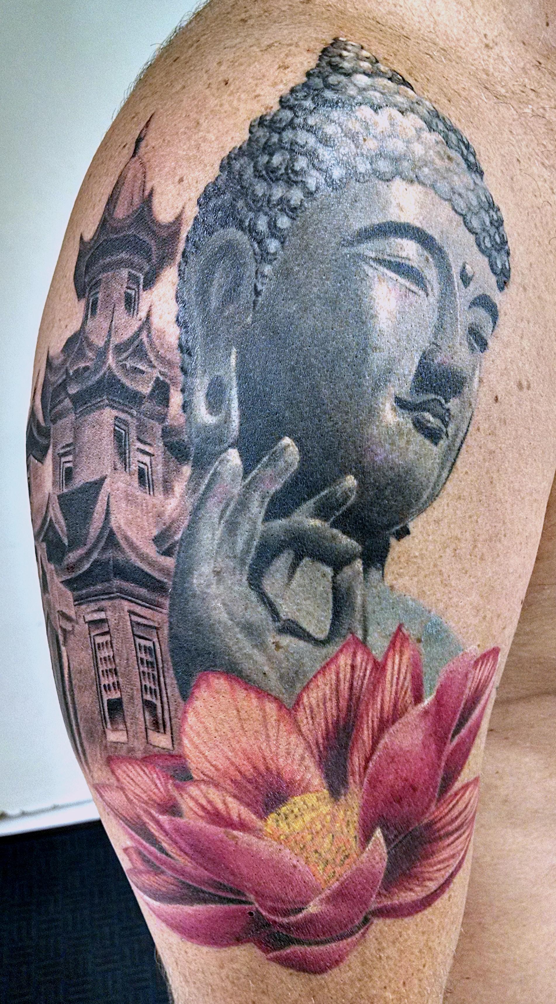 Buda_castelo_2_tattoo_mrpaul_dermographic_ribeirão_preto[1]