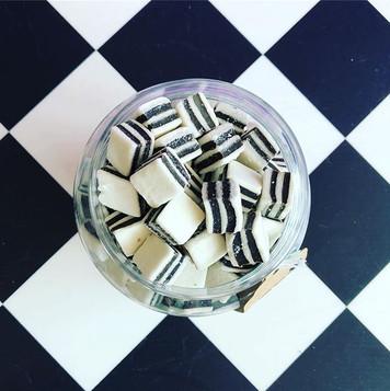 Black & White Mints
