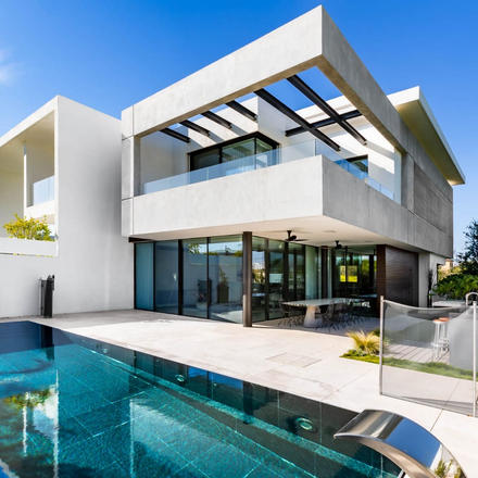 SH HOUSE